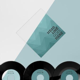 Flach gelegte schallplatten-komposition