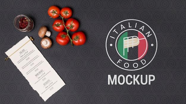 Flache italienische speisekarte und zutaten