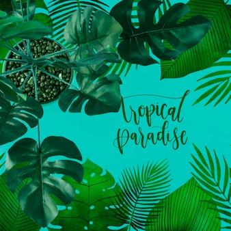 Flaches lage copyspace modell mit tropischen blättern