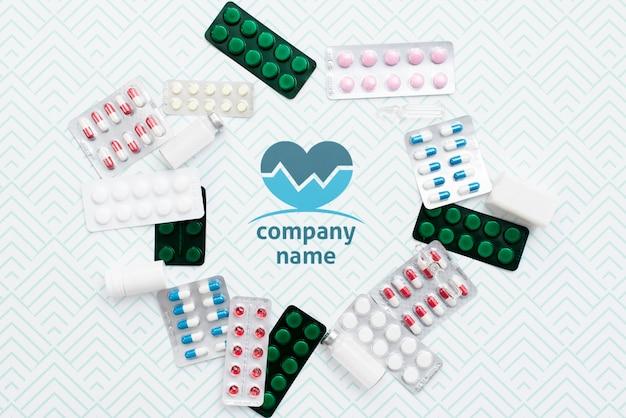 Flat lay pills anordnung modell