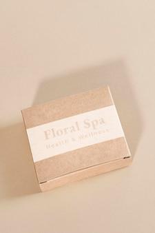 Floral spa-geschenkbox für gesundheit und wellness