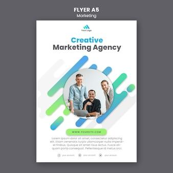 Flyer-vorlage für digitales marketing