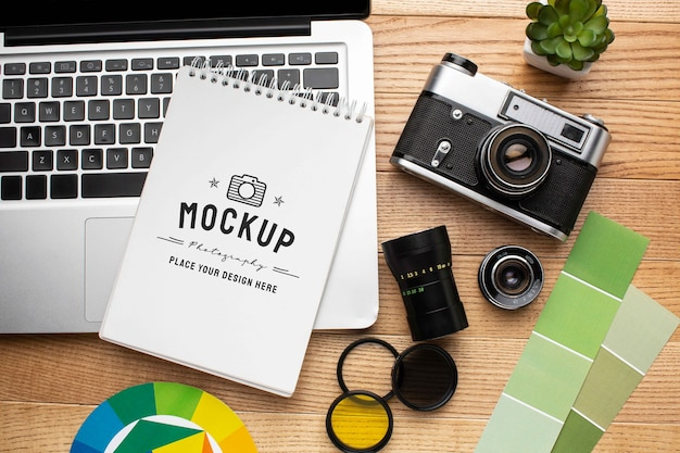 Fotografen-workshop mit mock-up-notizbuch