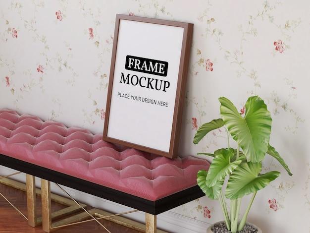 Fotorahmen-modell realistisch auf dem stuhl
