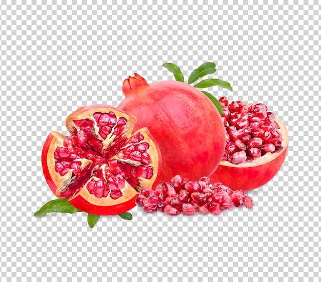 Frischer reifer granatapfel mit isolierten blättern premium psd