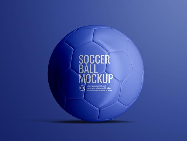 Fußballfußballmodell isoliert