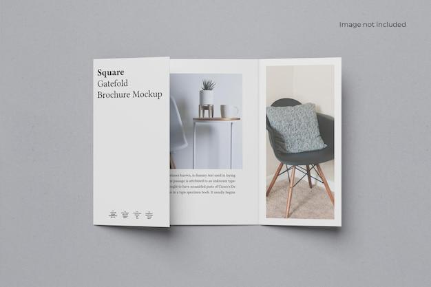 Geöffnetes square gate fold brochure mockup