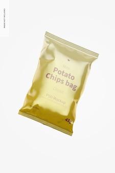 Glänzendes mini-kartoffelchips-taschenmodell