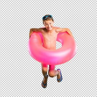 Glückliches kind im sommerferienspringen