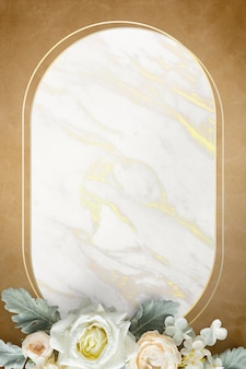 Goldener ovaler floraler marmorrahmen
