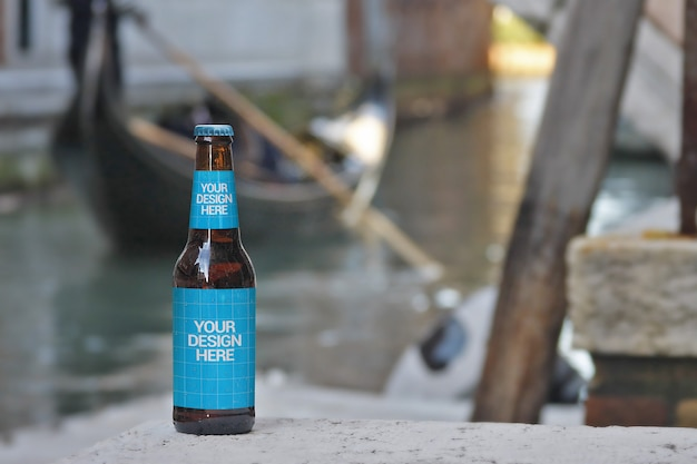 Gondelfahrt bierflasche mockup