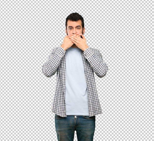 Gut aussehender mann mit bartbedeckungsmund mit den händen