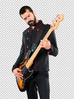 Gut aussehender mann mit gitarre