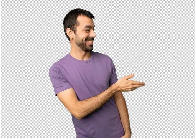 Händeschütteln des gutaussehenden mannes nach vielem