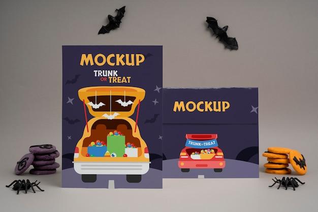 Halloween-arrangement mit mock-up-karten