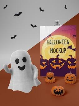 Halloween-kartenmodell mit smiley-geist