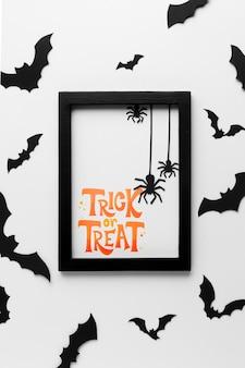 Halloween-tag mit süßes oder saures nachricht