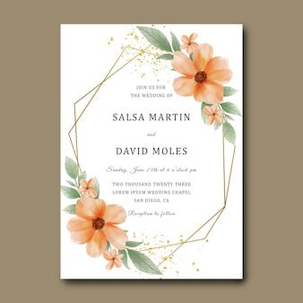 Hochzeitseinladungskarte mit aquarell orange blume und goldkorneffekt