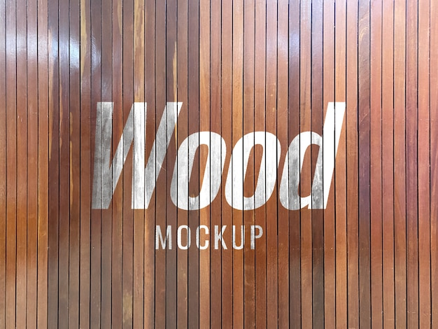 Holzwand-logo-modell
