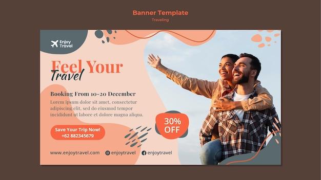 Horizontale bannerschablone für rucksackreisen mit paar