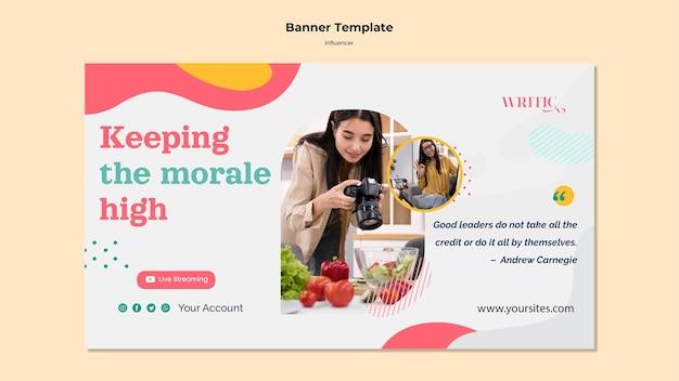 Horizontale bannervorlage für weiblichen einflussnehmer der sozialen medien