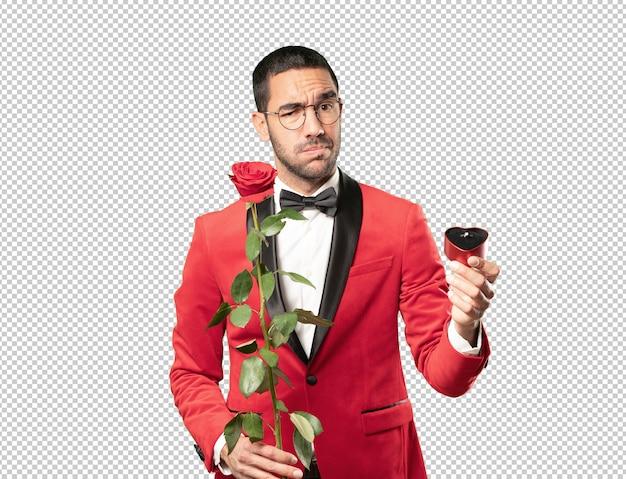 Intelligenter junger mann am valentinstag