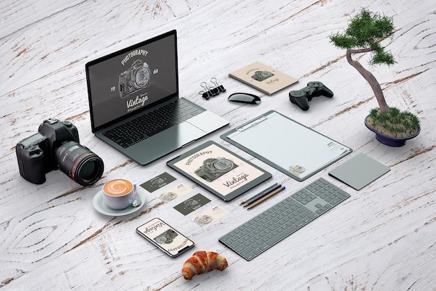 Isometrisches briefpapiermodell mit fotografiekonzept