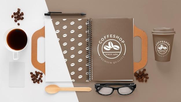 Kaffee branding konzept flach lag