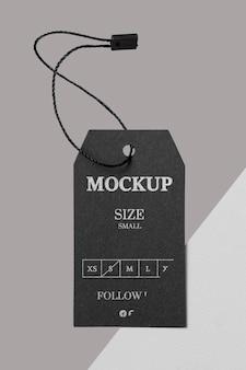 Kleidung schwarz größe tag mock-up vorderansicht