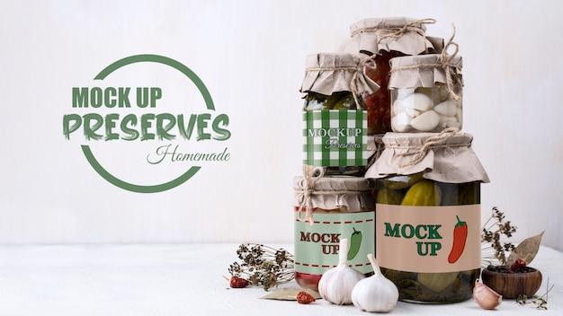 Köstliches hausgemachtes konserven-konzeptmodell