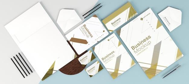 Kopieren sie platz verschiedene briefpapier büroartikel draufsicht