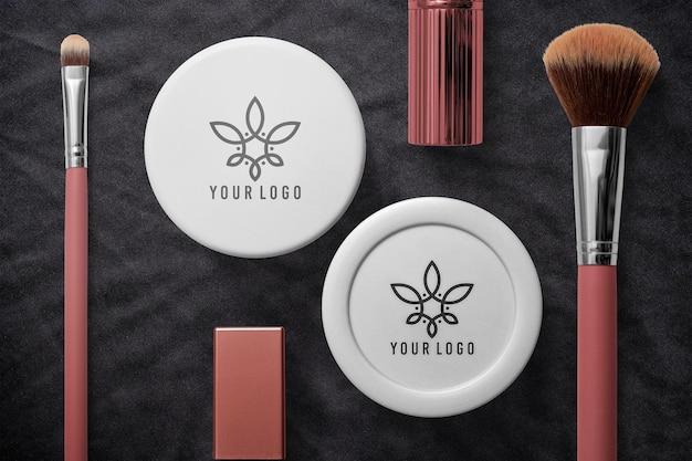 Kosmetikcremebehälter und bürstenmodell