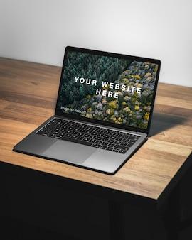 Laptop-bildschirmmodell