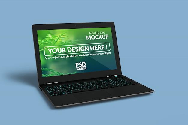 Laptop-gerät mit einem mock-up-bildschirm mit in links abgewinkelter isometrischer ansicht