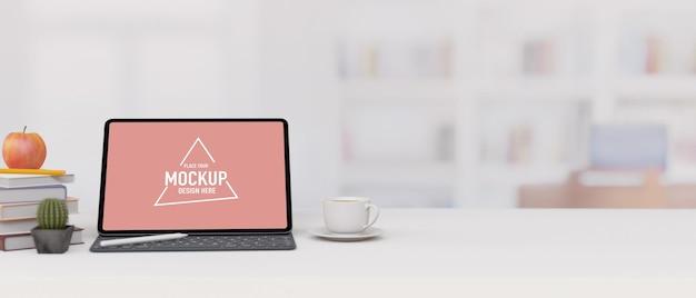 Laptop-modell, dekorationen und kopienraum für die produktpräsentation auf weißem tisch mit verschwommenem innenraum im hintergrund, 3d-rendering, 3d-illustration