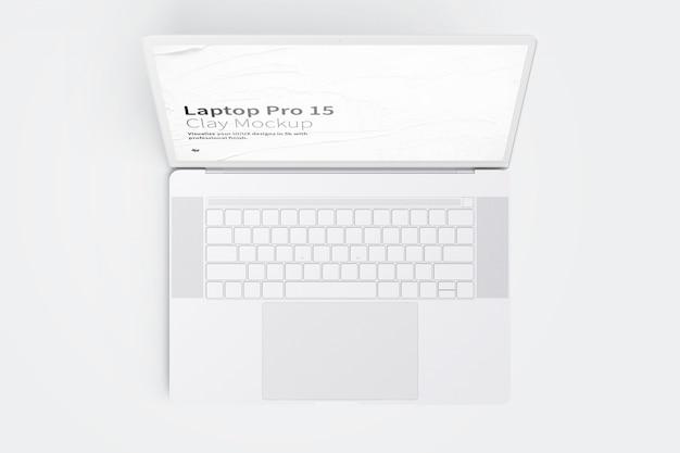 Laptop-modell mit leerem bildschirm