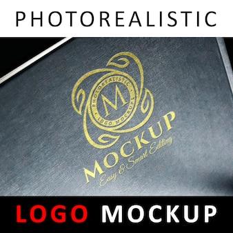 Logo mockup - goldenes logo auf gray textured surface