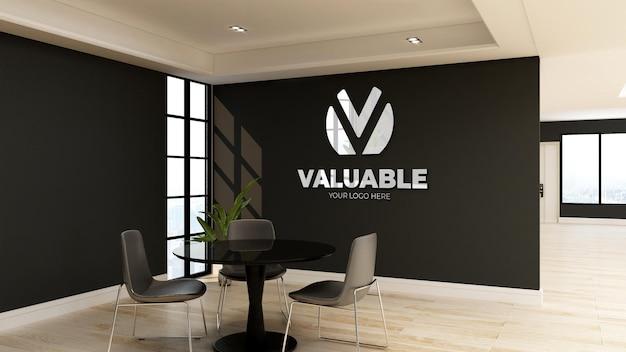 Logo-mockup im minimalistischen büro-besprechungsraum