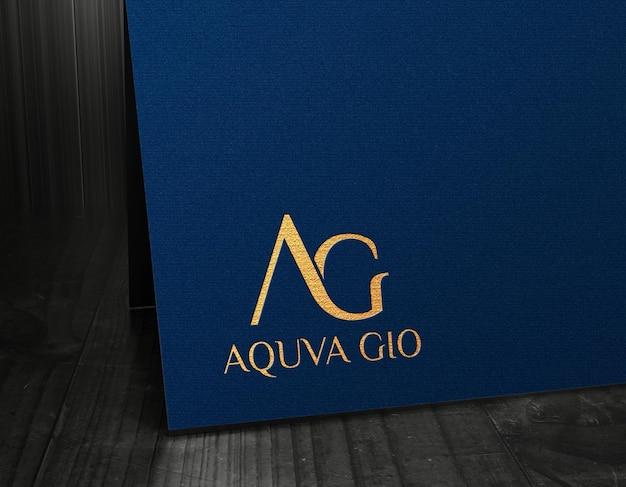 Logo-mockup luxuskarte gold press effekte