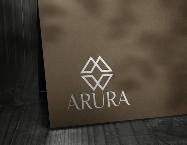 Logo-mockup luxuskarte silber folieneffekte