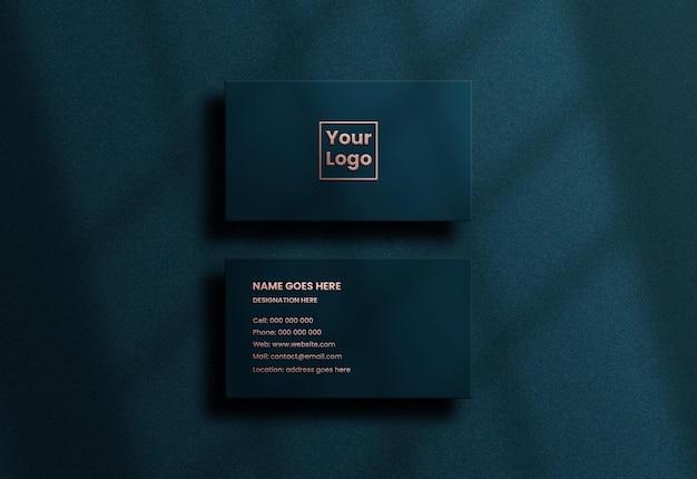 Logo und visitenkartenmodell
