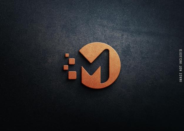 Logomodell auf betonstruktur