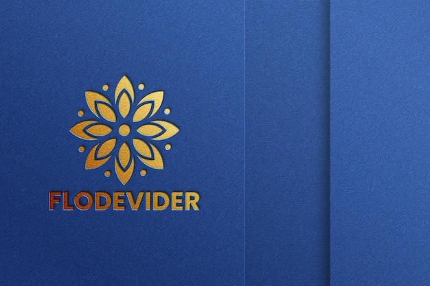 Luxuriöses logo-mockup mit prägeeffekt