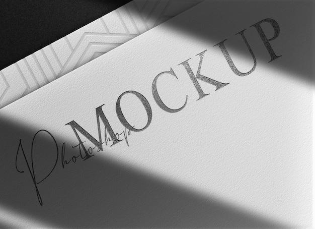 Luxuriöses, schwarzes, geprägtes papiervorschaumodell