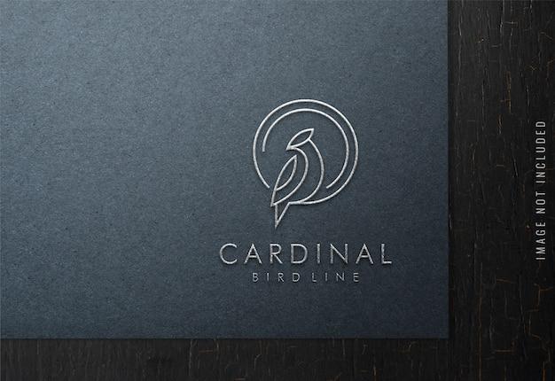 Luxus-logo-modell auf schwarzem papier