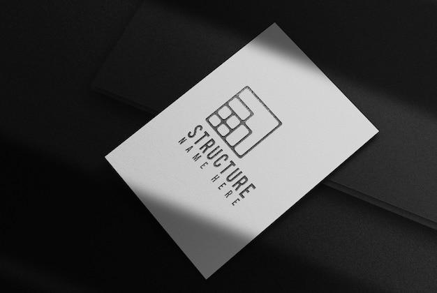 Luxus schwarz geprägtes einzelnes peper mockup