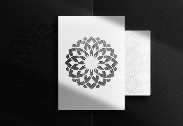 Luxus schwarz geprägtes papier-draufsichtsmodell