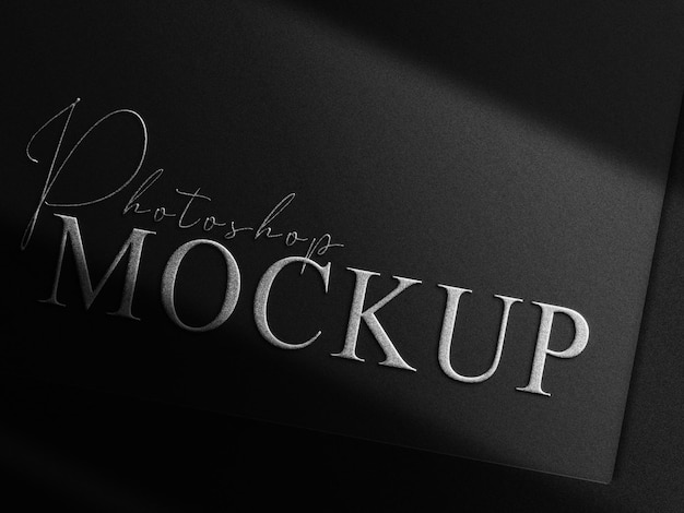 Luxus-silber geprägtes logo mockup schwarze karte