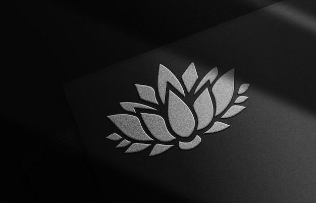 Luxus-silber-lotus-geprägtes logo-modell schwarze kartenstapel-vorschau