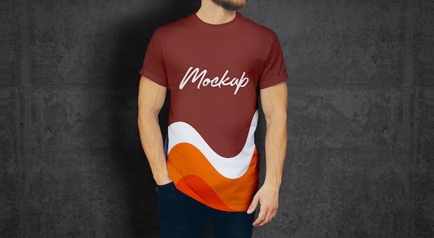 Mann-t-shirt modell